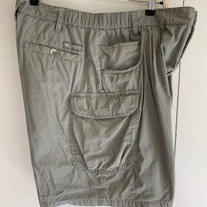 Columbia 38 shorts 100% cotton khaki 7 pockets